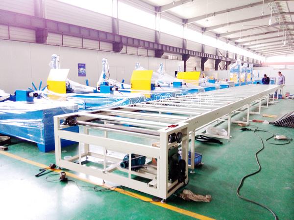太阳能光伏地桩生产线高频炉