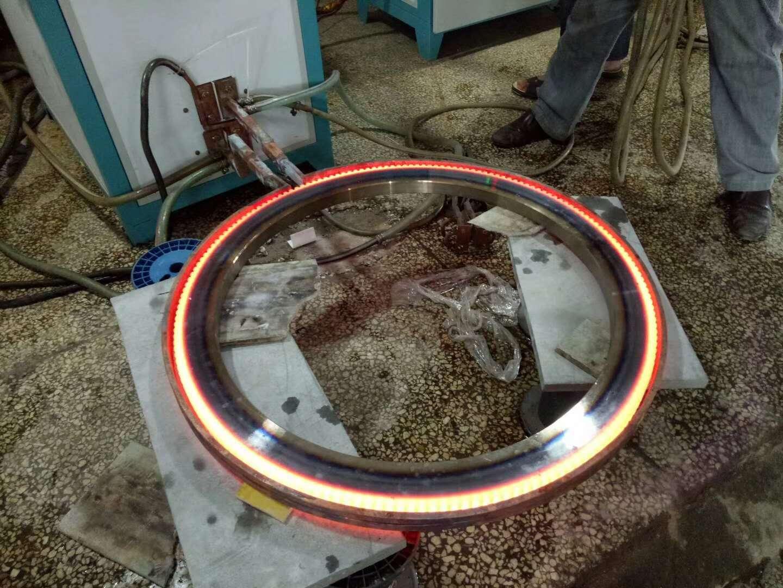 链轮高频淬火机